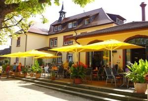 Ferienwohnungen: Altes Rathaus Niederhausen | Thai Tawan Apartments (Rheinhausen b. Europa-Park Rust)