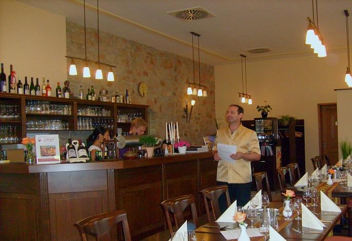 Restaurant: Eröffnungsfeier   Thai Tawan - Thailändische Gerichte für die Urlaubsregion Europa-Park Rust
