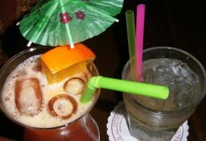 Restaurant-Getränkekarte: Coctails (Cherry Pink, Mai Thai, Caipirinha, Singapore Sling, etc.) & Longdrinks